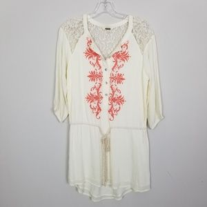 Miss Me Yellow Lace Embroidered Botton Up Tunic S